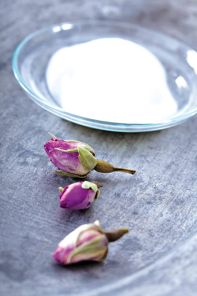 Anwendung der Rosenpflegeserie