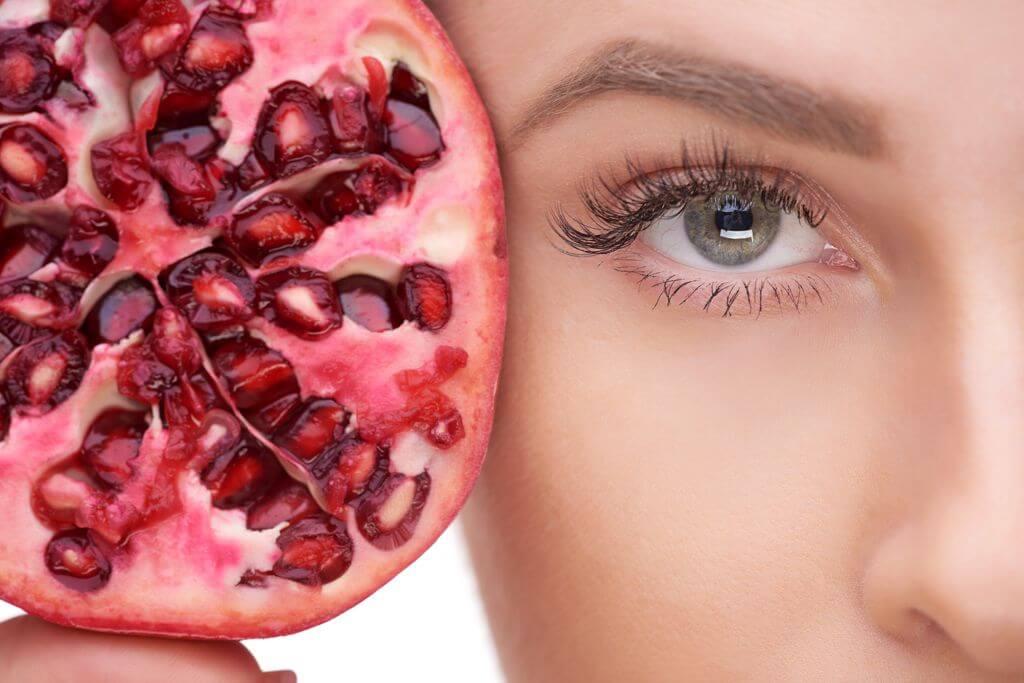 antioxidantien-granatapfel-straffe-augenpartie